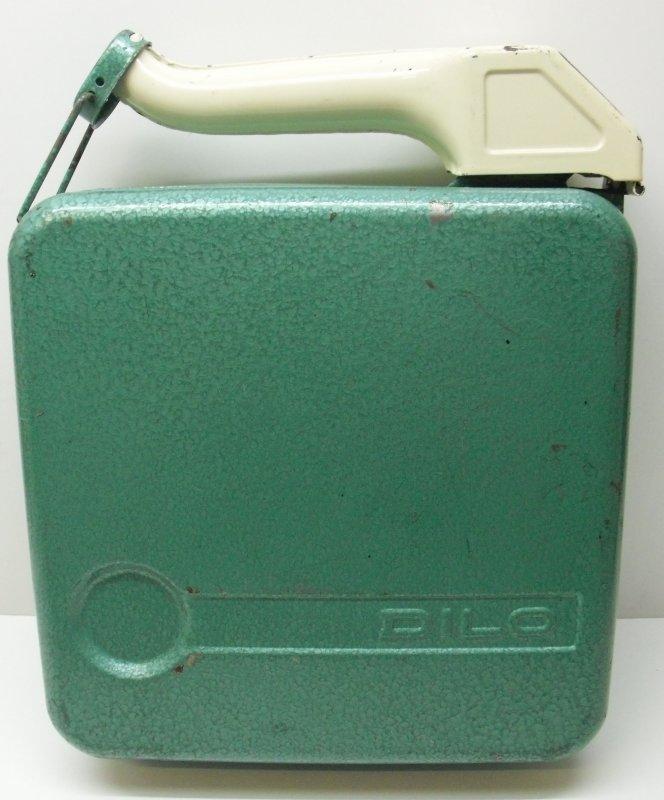 reservekanister dilo 10 liter benzin kanister gr n. Black Bedroom Furniture Sets. Home Design Ideas