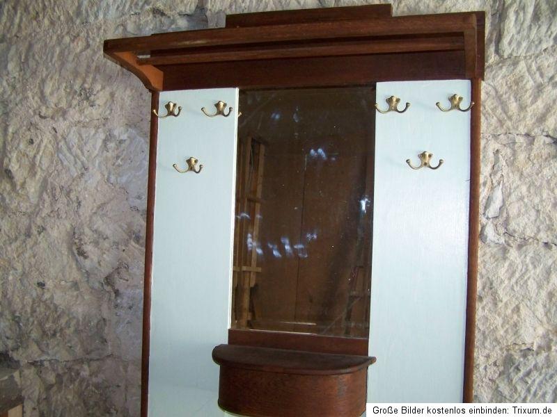 gro e alte garderobe mit spiegel und schirmst nder antik. Black Bedroom Furniture Sets. Home Design Ideas
