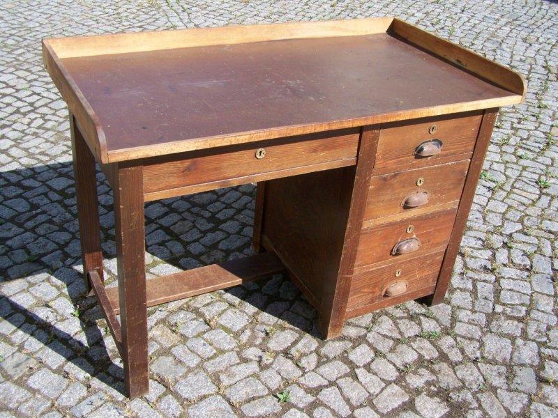 Schreibtisch industriedesign  Schöner alter Industriedesign Schreibtisch, Werkbank Arbeitstisch ...
