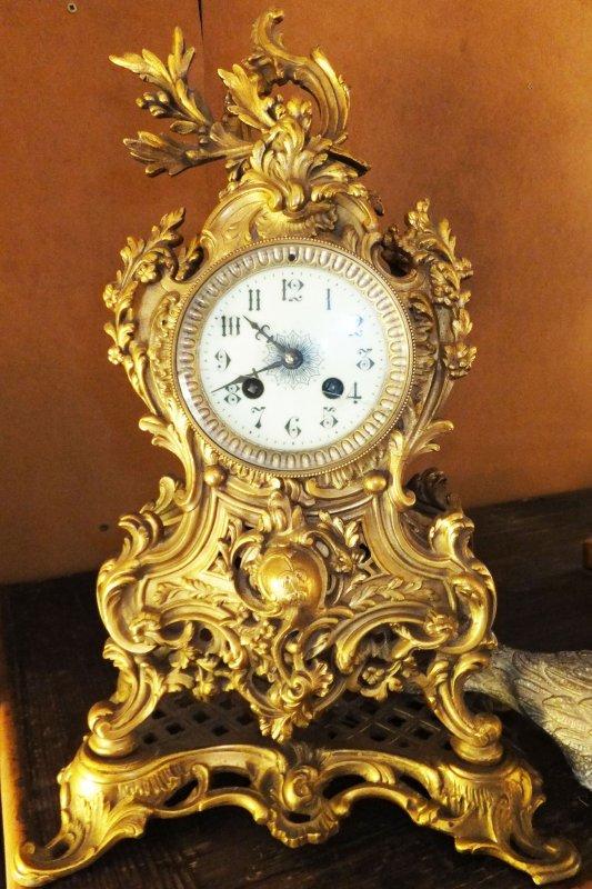 Museum Sammler Standuhr Altweiss Gold Messing Appliken