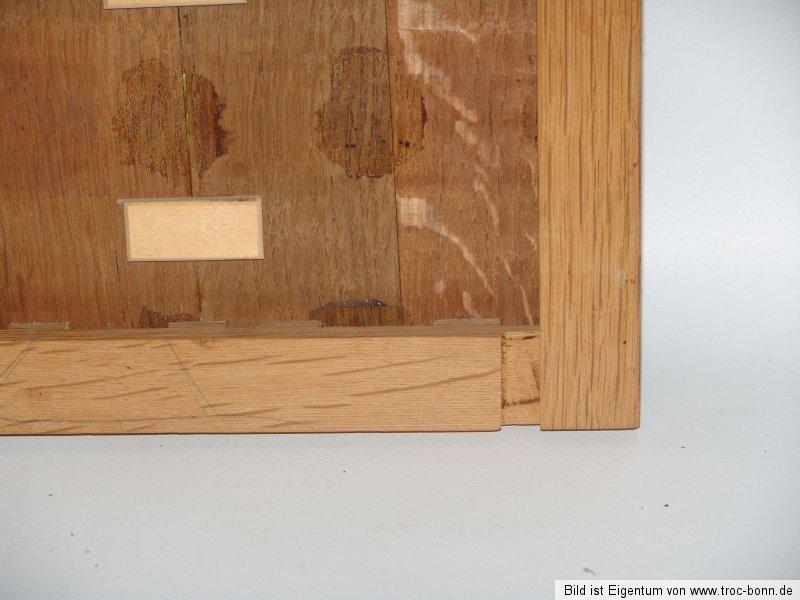l auf holzplatte am brunnen antikes gem lde ebay. Black Bedroom Furniture Sets. Home Design Ideas
