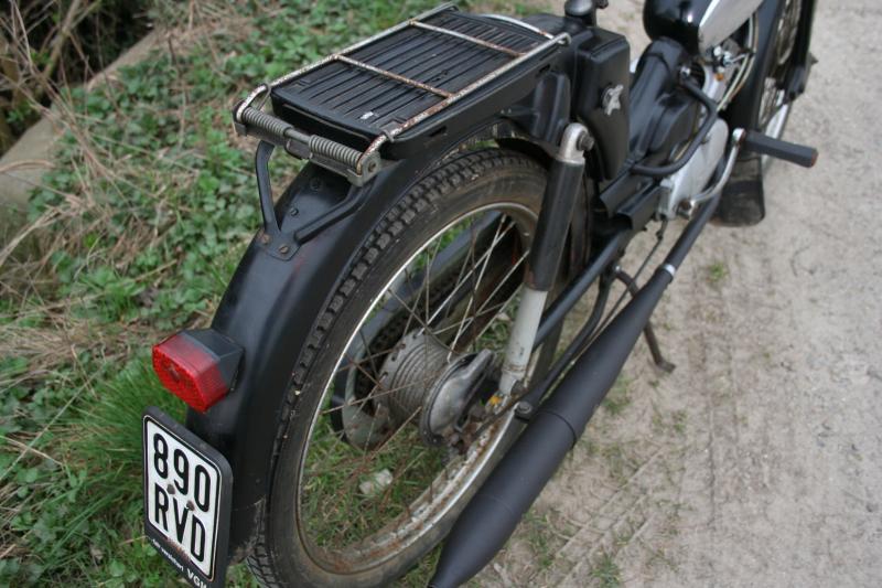 z ndapp bergsteiger moped m50 mit original papiere l uft. Black Bedroom Furniture Sets. Home Design Ideas