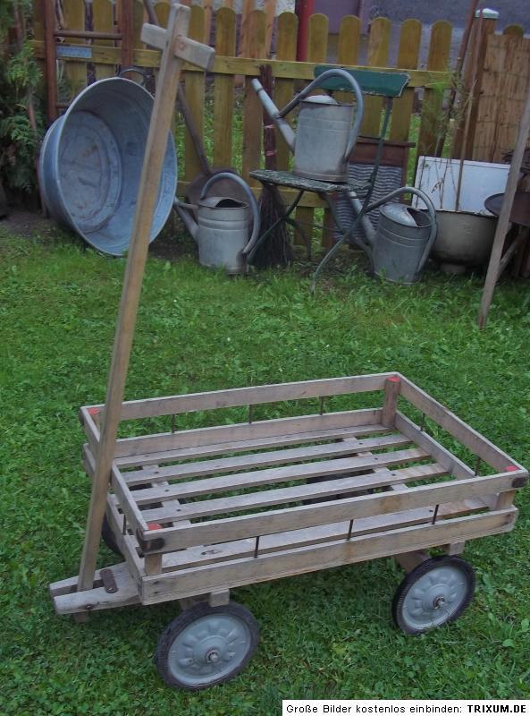 antiker kleiner bollerwagen handwagen leiterwagen platz. Black Bedroom Furniture Sets. Home Design Ideas