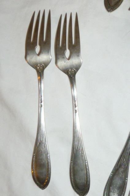Antiguo cubiertos para pescado 12 persona de plata 800 - Limpiar cubiertos de plata ...